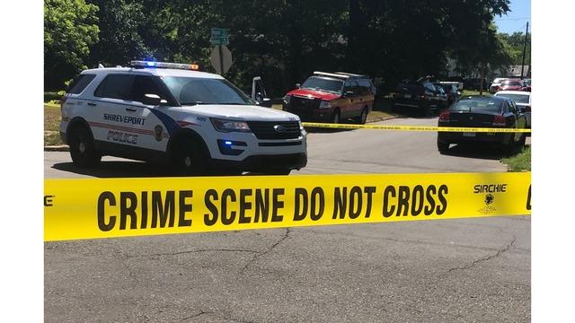 Police standoff on Fulton St 04.26.19_1556313456448.PNG_84515084_ver1.0_640_360_1556317805729.jpg.jpg