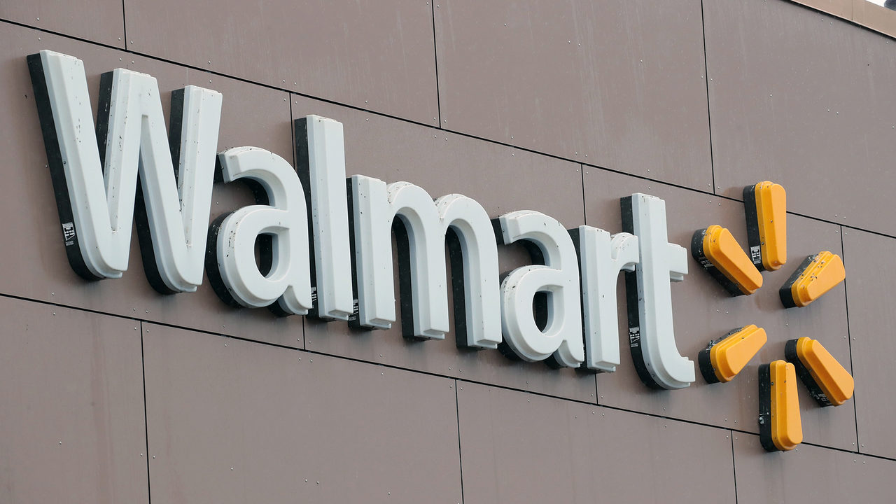 49d5c0c22 Walmart warns that higher tariffs will mean higher prices