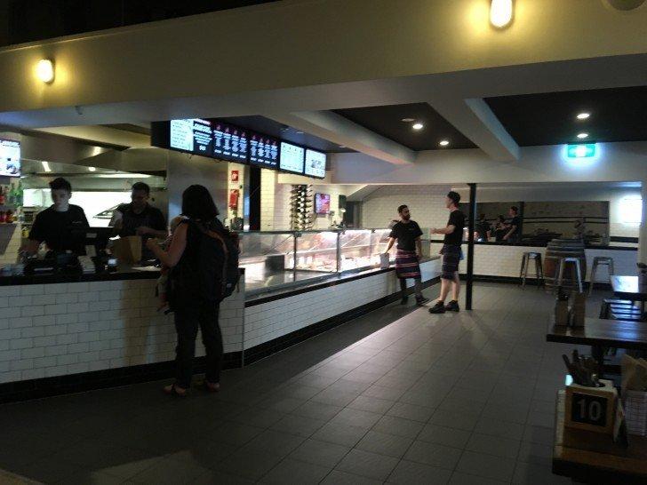 Macelleria : 美味しいステーキとハンバーガーのお店