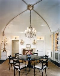Luxurious and classy vaulted ceiling design ideas for