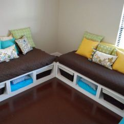 Twin Sleeper Sofa Slipcover Ikea Couch Reviews 17 Easy Ideas On How To Make A Daybed