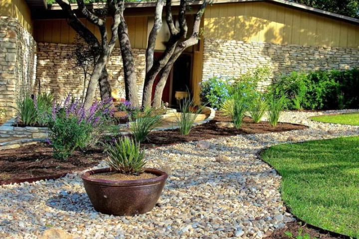 18 Simple And Easy Rock Garden Ideas