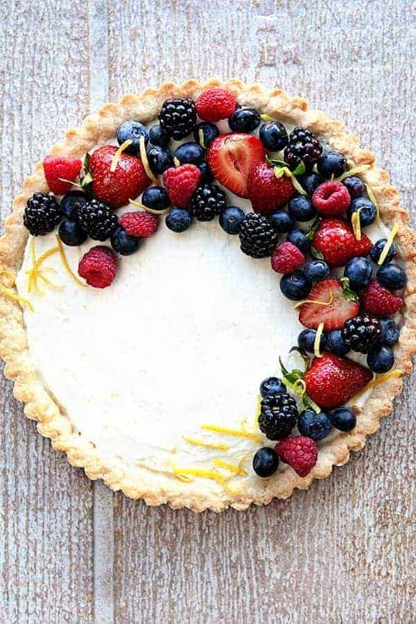 Fresh Berry Tart with Mascarpone Filling