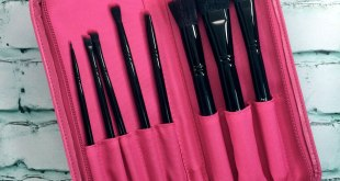 Pink Vegan Makeup Brushes