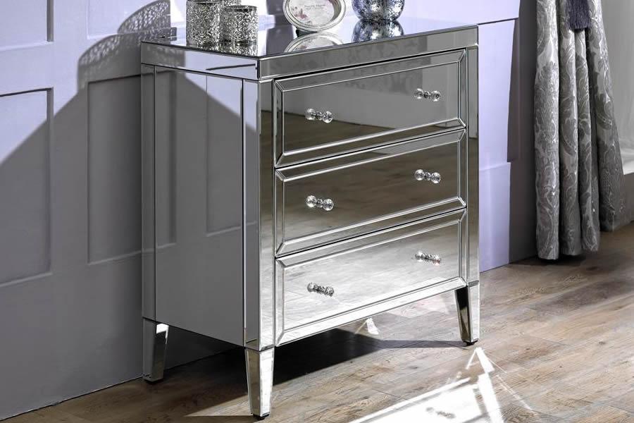 valencia 3 drawer chest