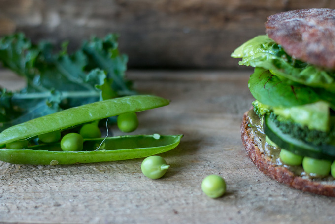 Healthy Green Vegetable Burger 2