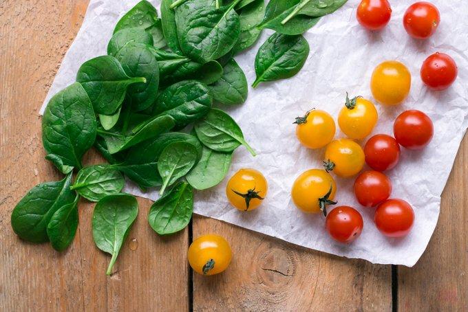 Bruschetta and spinach toast. Vegan, gluten free, myberryforest.com