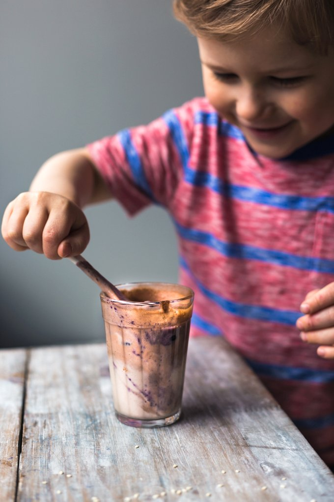 Chocolate-tahini smoothie. Vegan, gluten-free myberryforest.com