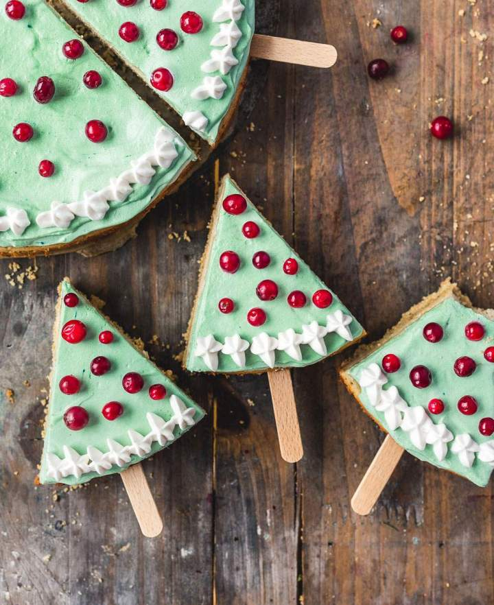 Christmas Tree Cheesecake Pops