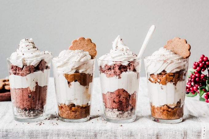 Gingerbread tiramisu in a jar