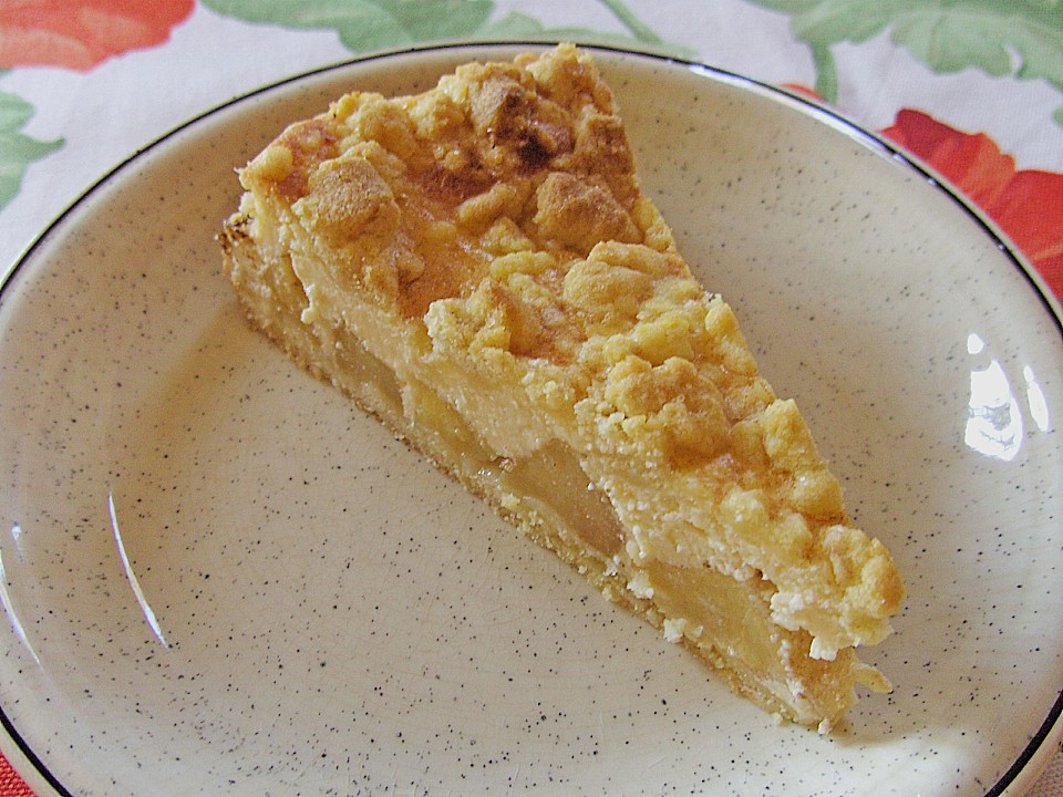 Apple Streusel Cake For Kaffee And Kuchen Sundays Best German Recipes