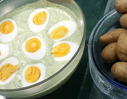 German Eggs Green Sauce