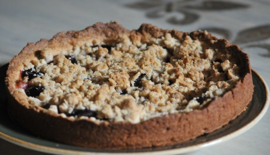 prune cake with streusel