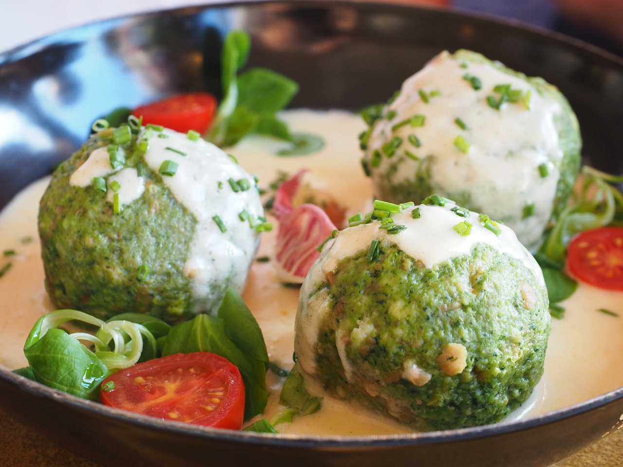 German spinach dumplings authentic recipe best german recipes but you can also serve them in a white bechamel sauce these dumplings are so easy to make try it out happy cooking forumfinder Images
