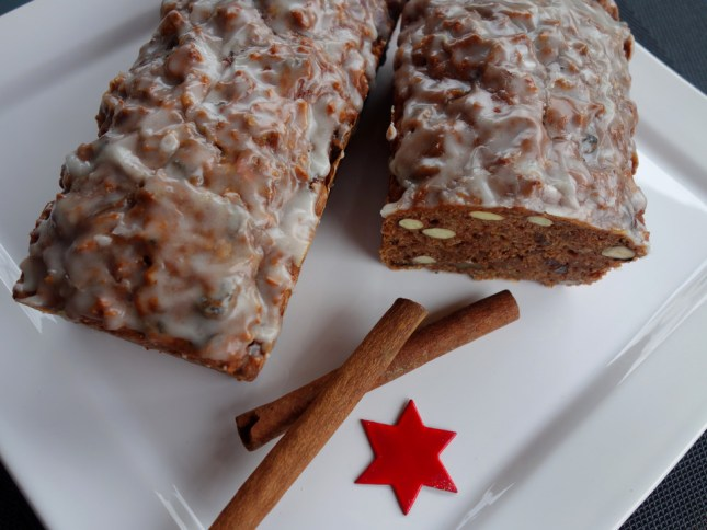 holiday apple bread