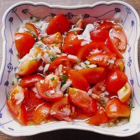 Easy German Tomato Salad - Authentic Recipe