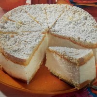 German Cream Cheese Cake - Käsesahnetorte