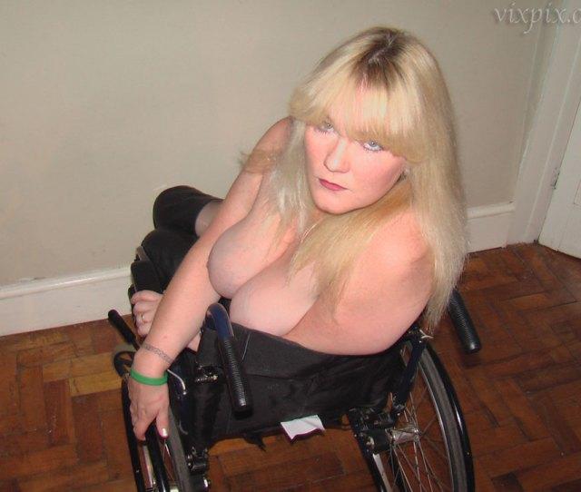 Shemale Joan Jet Paraplegic Women Porn Pics