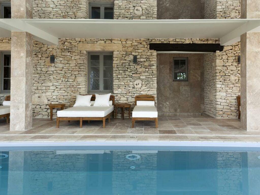 Mas Des Herbes Blanches Hotel Spa Relais Chateaux A