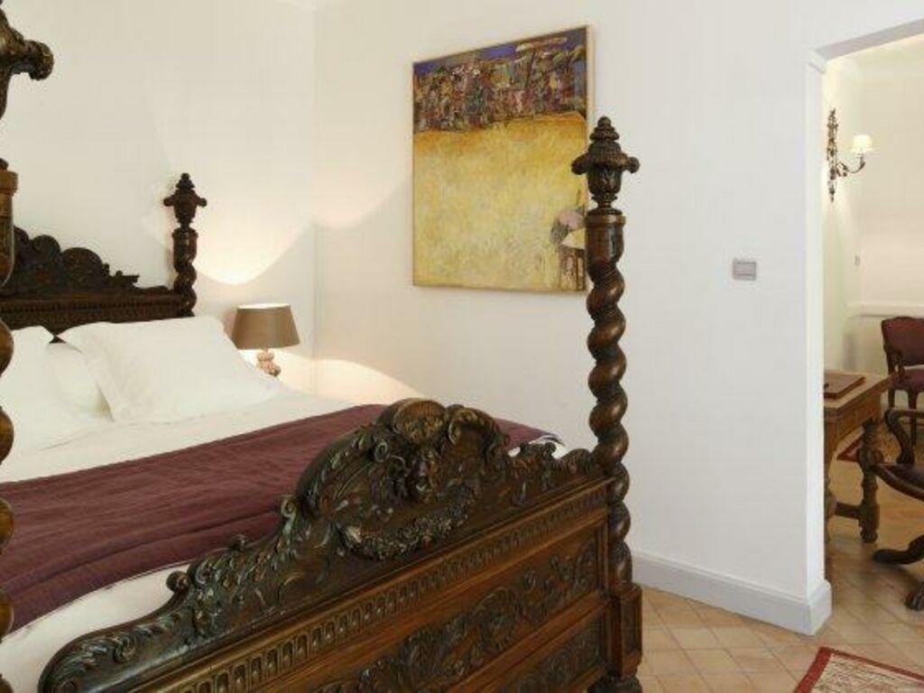 Hostellerie De L Abbaye De La Celle Les Collectionneurs A