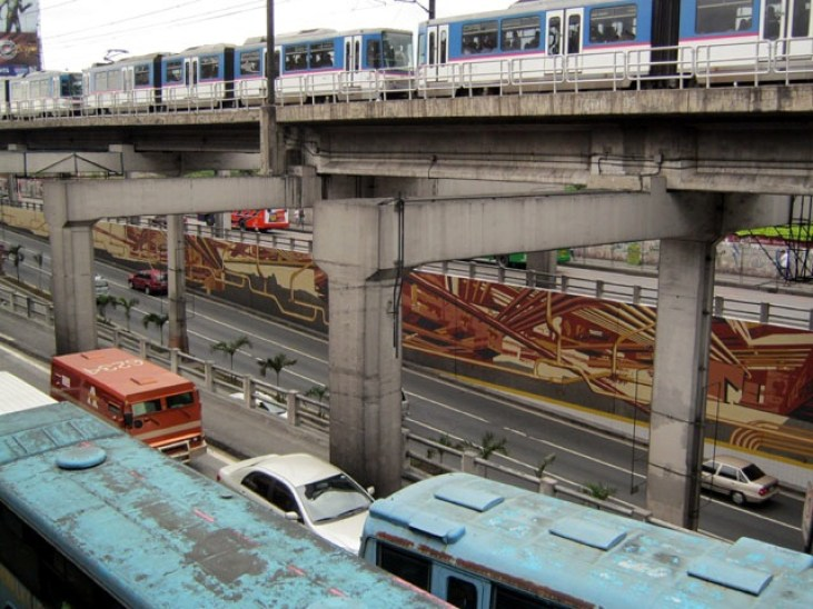 The Boysen KNOxOUT Project: EDSA mural at Cubao by Tapio Snellman
