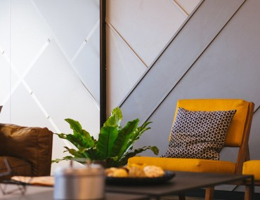 Borrow the 60-30-10 Rule of Interior Designers for Your DIY Painting