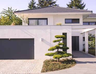 6 White Colors For Home Exteriors To Increase Curb Appeal | MyBoysen
