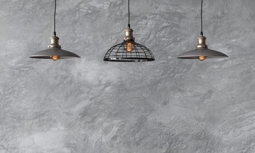 Metal suspended lamps with Edison bulbs