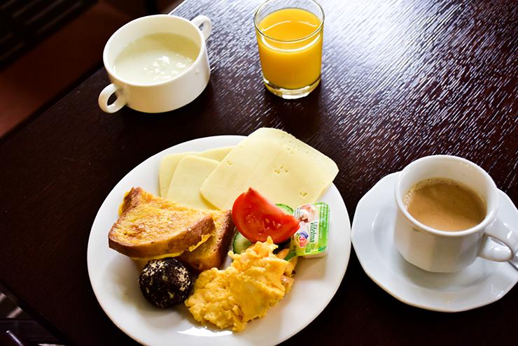 Breakfast Hotel Lions