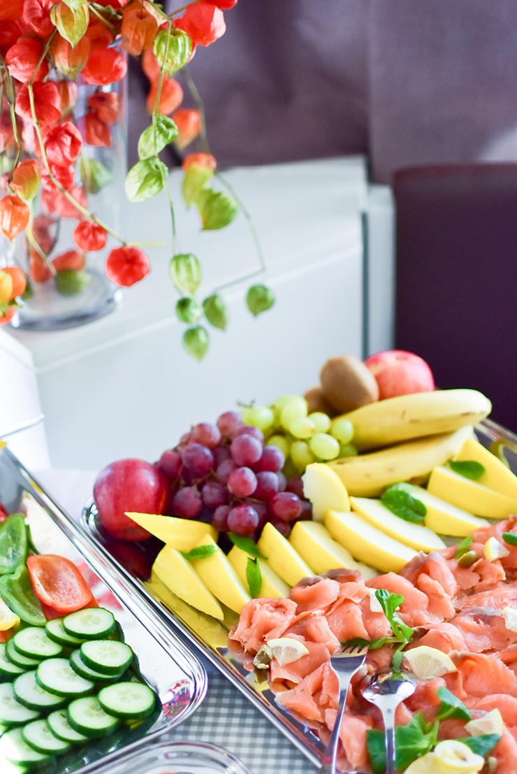 zurueck-zum-ursprung-hofer-event-fruehstueck-buffet