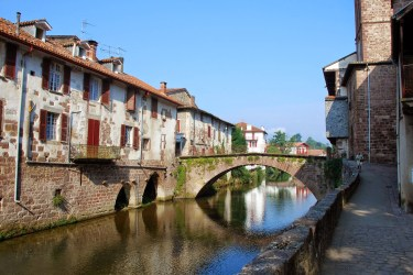 Roman bridge Camino de Santiago Saint-Jean-Pied-du-Port