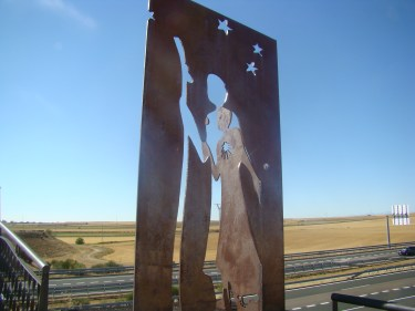 Frómista metal pilgrim silhouette Camino de Santiago