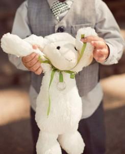 Les enfants à l'honneur : Le doudou porte alliances
