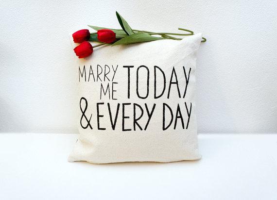 coussin demande en mariage