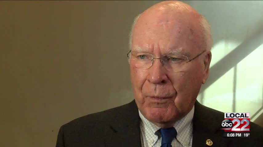 Leahy speaks against Roy Moore on eve of special election_97796011