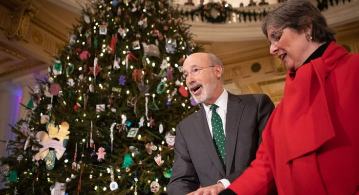 Governor Wolf Invites the Public to Capitol Tree Lighting on December 9