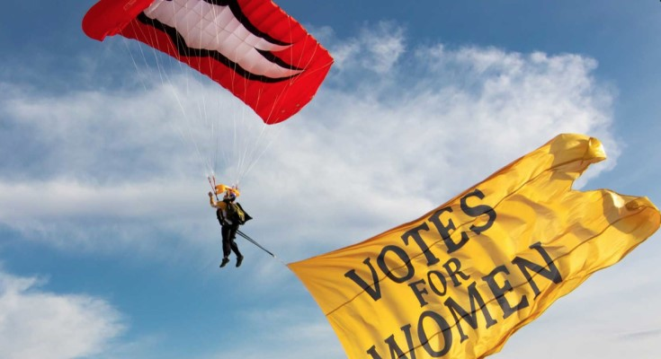 Women's Female Skydiving Team to Jump In Valley Forge for Women's Suffrage Centennial