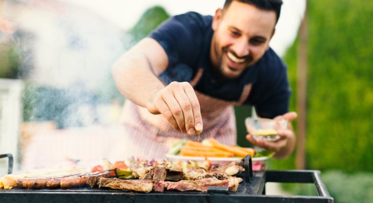 Budget-Friendly Tips to Celebrate Summer at Home