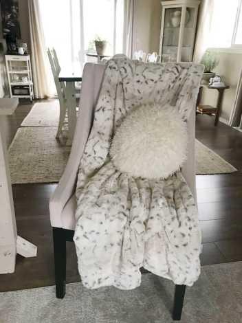 faux fur animal blanket