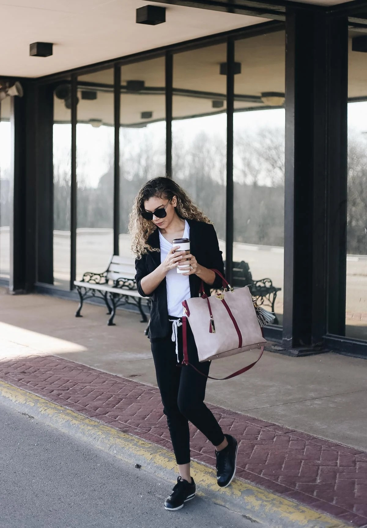 comfy airport outfit with joggers and a blazer
