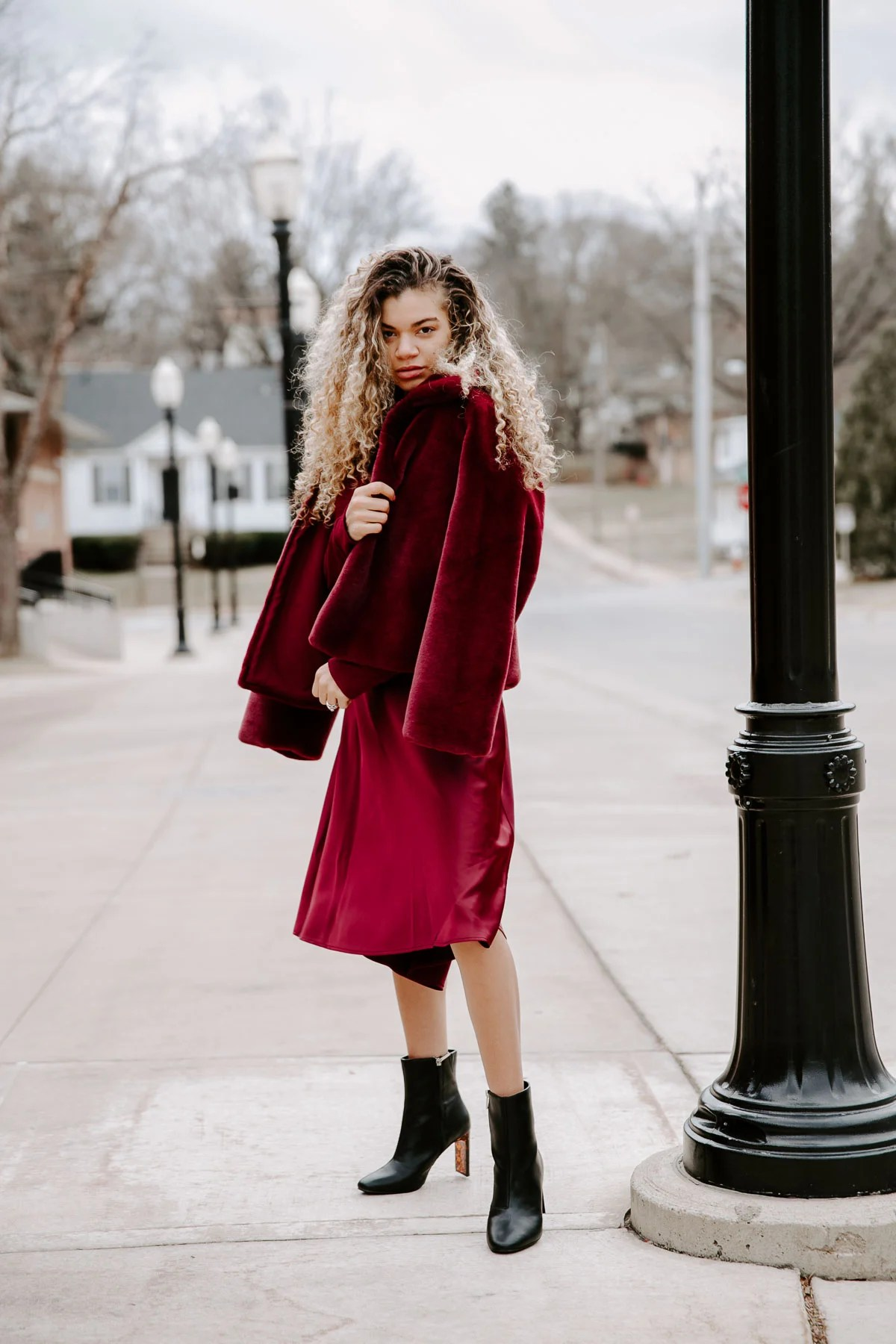 The perfect monochromatic outfit for winter or fall