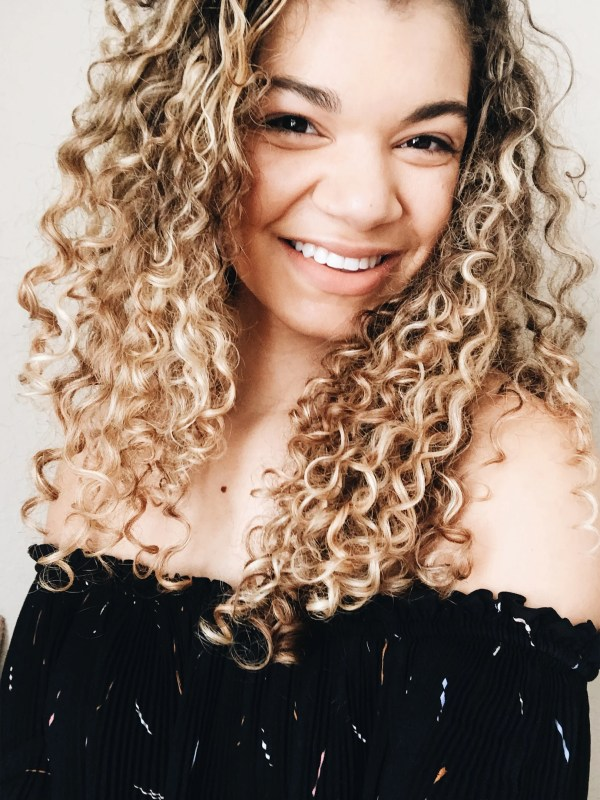 Sensational How To Style Curly Hair My Chic Obsession Natural Hairstyles Runnerswayorg