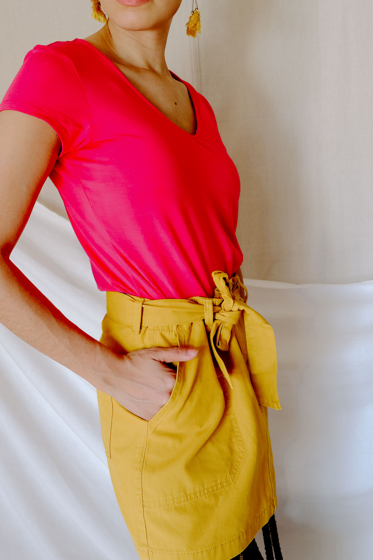 Does the warmer weather inspire you to try out some chic color combos this season? Here are 4 chic color combos to add to your spring and summer outfits!
