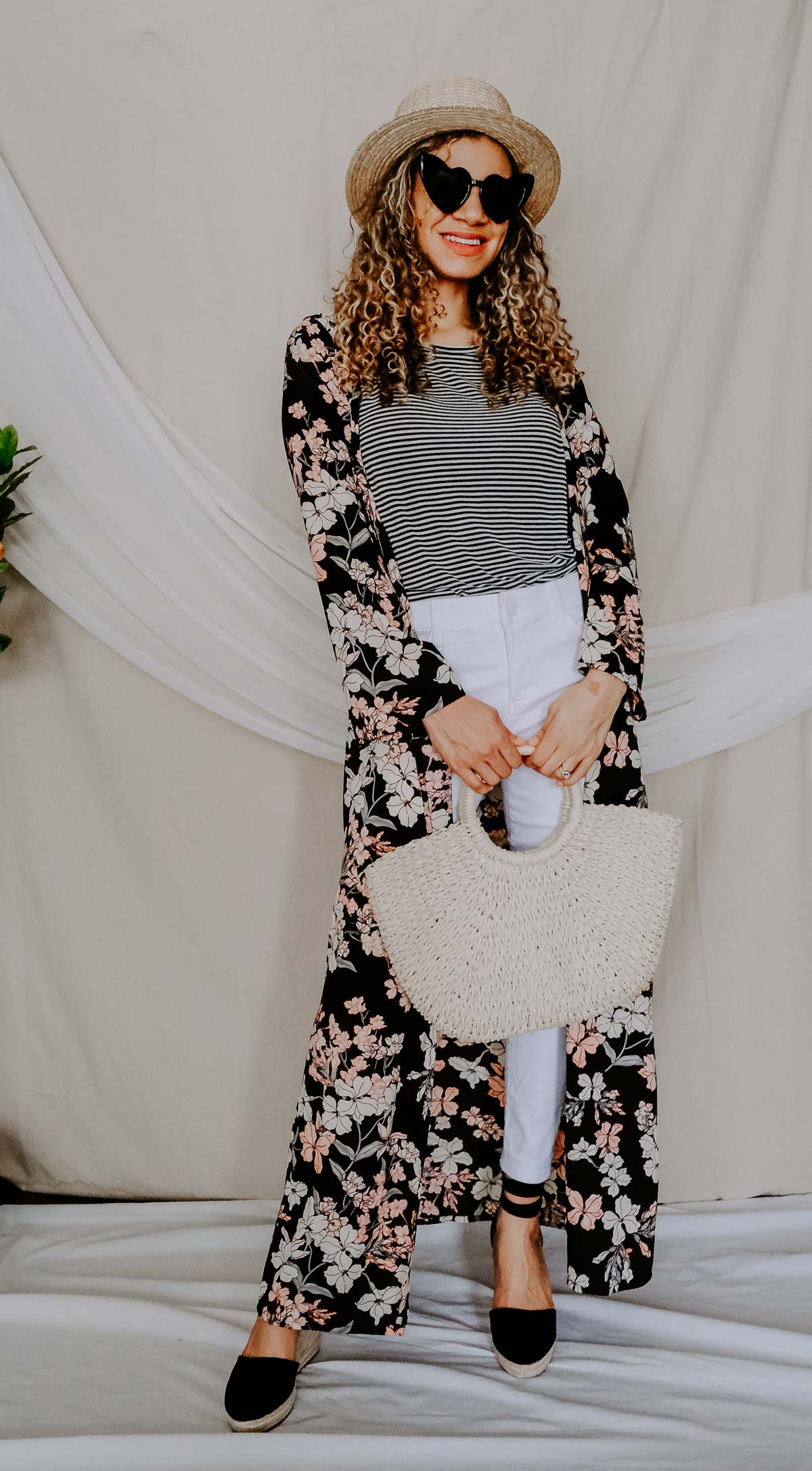 Wondering what spring staples you need for your spring outfits? Check out this post on what you need this season and this kimono outfit is one of them!