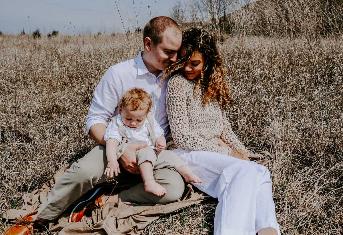 Summer family pictures of 3 by Carolyn of My Chic Obsession