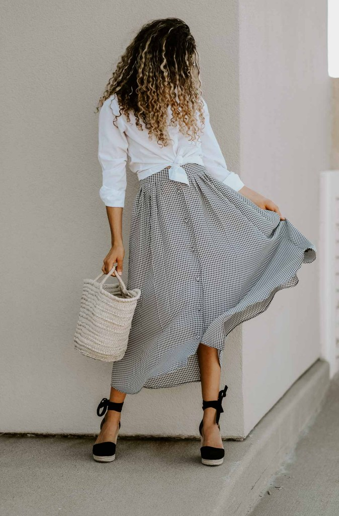 gingham skirt summer outfit