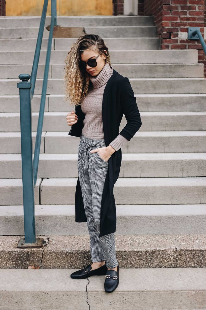 how to look put together with your top tucked in