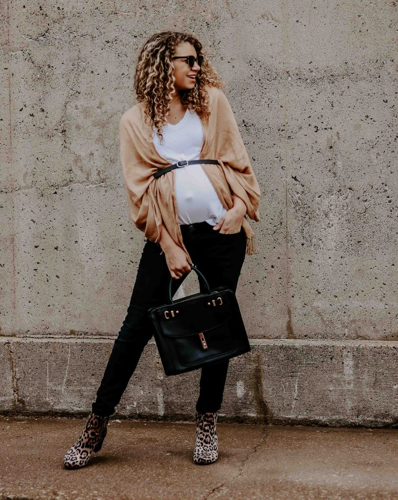 maternity fall outfit