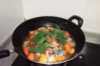 Braised Abalone And Pork Belly in Brown Sauce step10