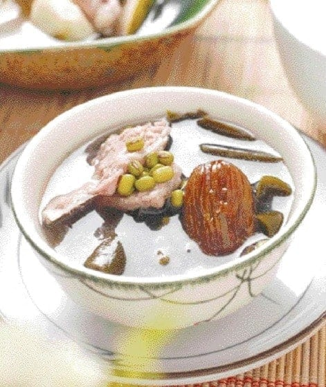 Mung Bean and Kelp Pork Ribs Soup Recipe